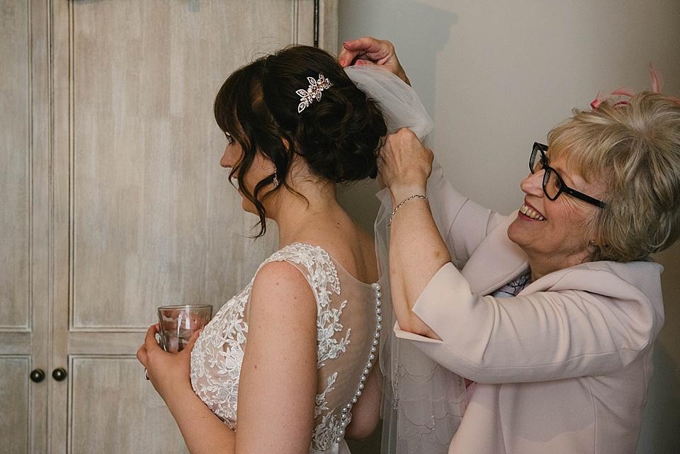 derby-wedding-photographer-kate-lowe-copyright-2016_0339