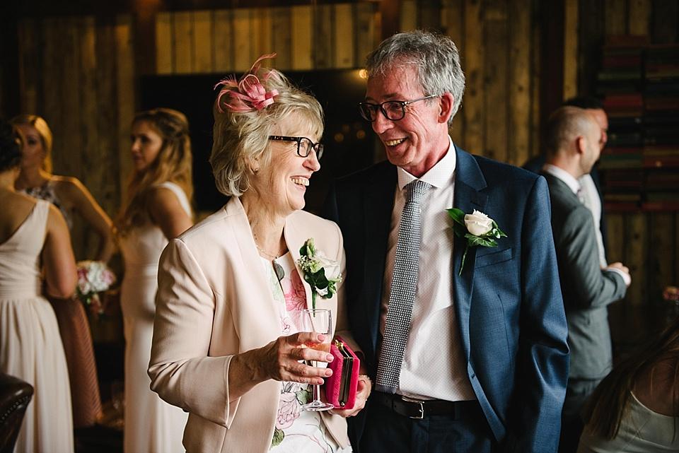derby-wedding-photographer-kate-lowe-copyright-2016_0372