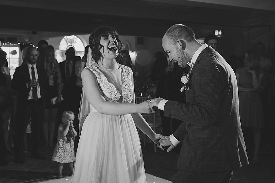 derby-wedding-photographer-kate-lowe-copyright-2016_0429