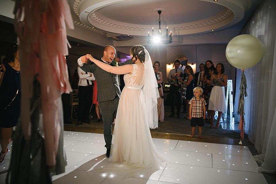 derby-wedding-photographer-kate-lowe-copyright-2016_0436