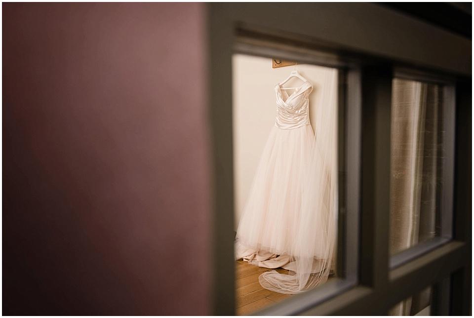 derby-wedding-photographer-kate-lowe-copyright-2016_0664